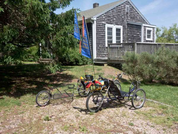 trikes and house_DSC1130